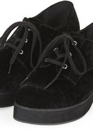 Бархатные туфли на шнуровке с массивной подошвой оксфорды на платформе