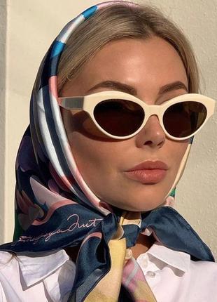 Трендовые солнцезащитные очки в стиле 60-х, цвет белый
