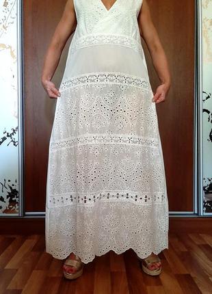 Белоснежное пляжное платье из тончайшего хлопка