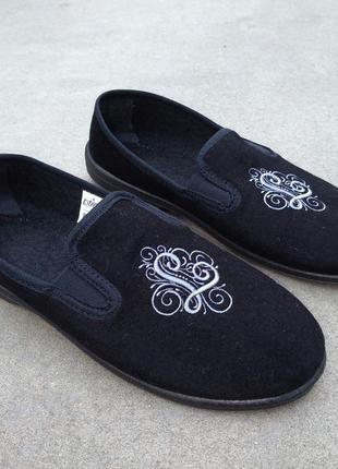 Черные закрытые текстильные тапочки 36-42 туфли домашние балетки