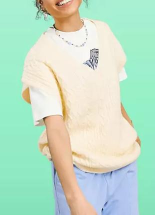 Новый стильный нежно-желтый вязаный жилет жилетка свитер
