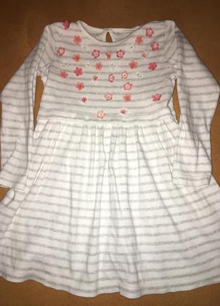Плаття просте трикотажне george 5-6 років стан чудовий.
