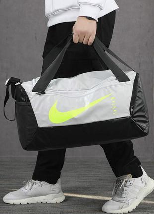 Nike brasilia duffel bag small сумка тренувальна спортивна 41л  ba6178-028 оригінал