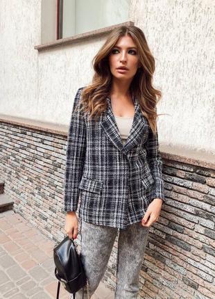 Твидовый пиджак. стильный пиджак на осень. в клетку