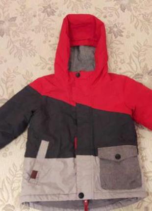Зимняя курточка reserved на мальчика 4 года