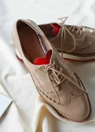 Трендові стильні туфлі лофери оксфорди від zara