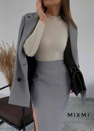Костюм двойка юбка миди и пиджак