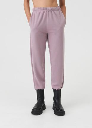 Новые спортивные утепленные лавандовые лиловые штаны пыльная роза джоггеры xxs m