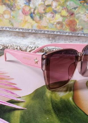 Модные брендовые розовые солнцезащитные женские очки 2021