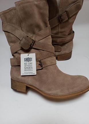 Shoot полусапожки демисезонные.брендовая обувь stock