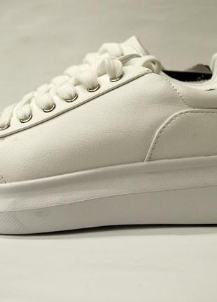 Женские белые кроссовки george