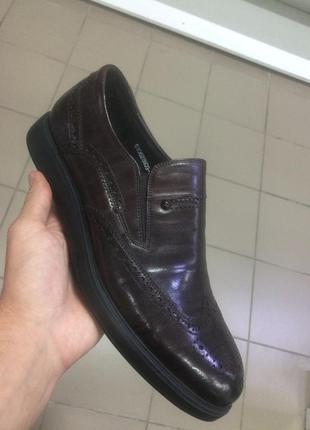 Стильные мужские кожаные туфли