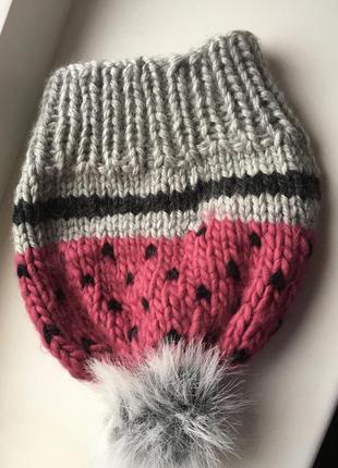 Красивейшая вязаная зимняя шапочка с помпоном