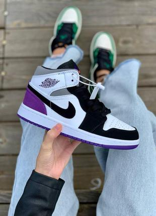 Женские кроссовки nіke air jordan 1 retro mid 'varcity purple'