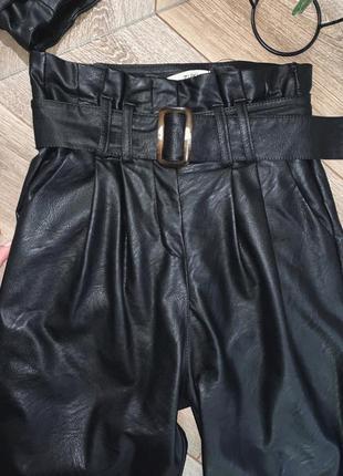 Кожаные штаны с широким ремнём zuiki