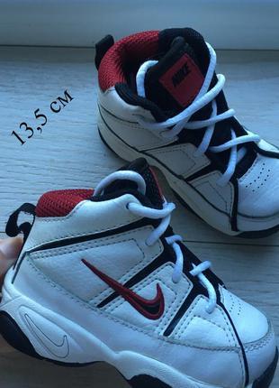 Кроссовки nike 21-22 р высокие , кросівки