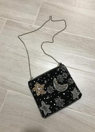 Бархатная сумочка на цепочке