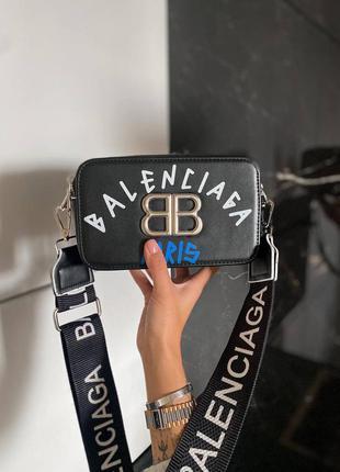 Шикарные женские сумочки наложка