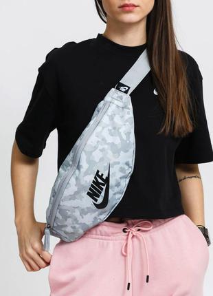 Сумка на пояс плече бананка nike nk heritage hip pack унісекс барсетка оригінал bum bag