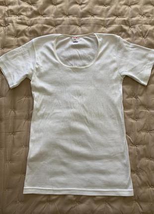 Нижняя бесшовная футболка