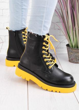 Женские черные ботинки на низком ходу осень деми
