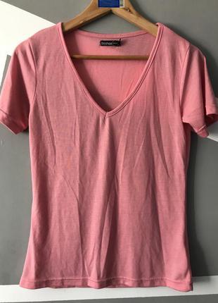 Женская футболка приятная к телу