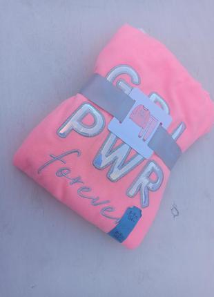 Флісова піжама для дівчинки primark на зріст 134 см. ніжна і ярка, якість супер, рекомендую.