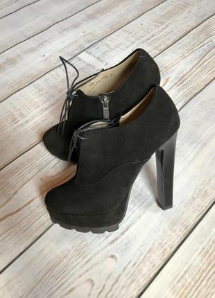 Ботинки полуботинки ботильоны на каблуке на дюймовочку:) на маленькую ножку 34-35 р