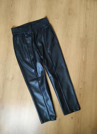 Женские  кожаные брюки,штаны от h&m