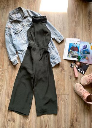 Хакі ромпер з відкритою спинкою і широкими штанами, тканина плотна