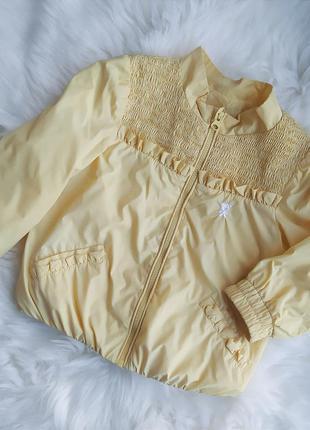 Лёгкая стильная ветровка куртка для девочки