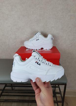 Белые кроссовки женские fila disruptor 2 white. кроссы фила дисраптор 2 повседневные для женщин