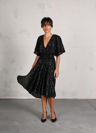 Жіноча блискуча сукня maje