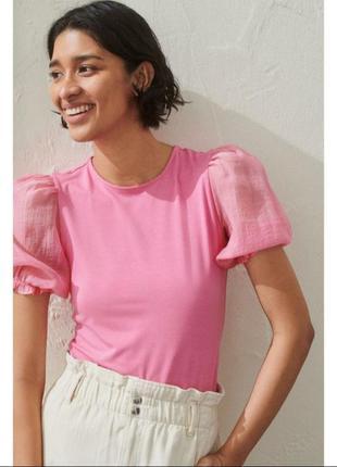 Блуза з рукавами з органзи, світло рожевого кольору.