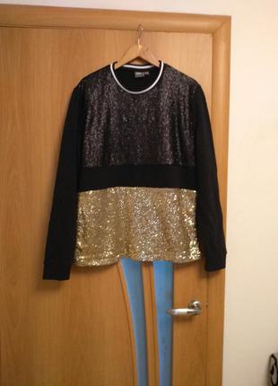 Эксклюзивный свитер в паетках. размер  12-14