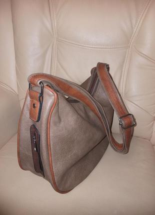 Зручна сумка через плече(замінник)/италия