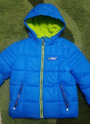 Поискрасширенный  зимняя куртка c&a 116 рост, состояние новой