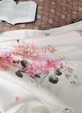 Постель сатиновая евро/ сатин коричневый/ постель с цветами