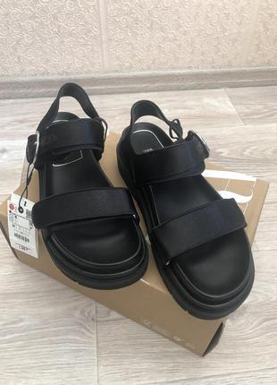 Zara босоножки,  сандали