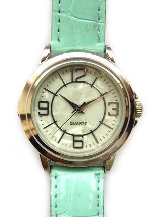 Avon перламутровые часы из сша механизм japan sii