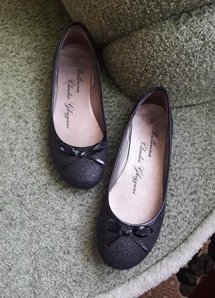 Туфлі балетки жіночі