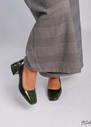Кожаные лаковые туфли лодочки натуральная кожа