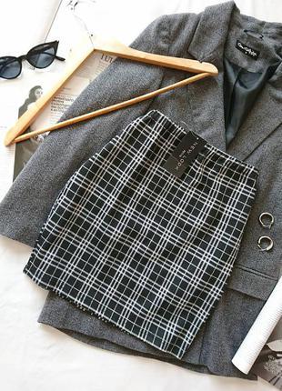 Базова трикотажна міні-спідниця/юбка в клітинку на талію new look, на р. xs/s
