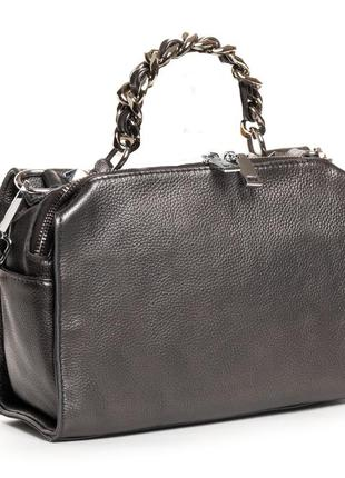 Женская кожаная сумочка изготовлена из натуральной мягкой кожи.