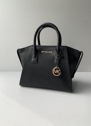 Чёрная кожаная сумка avril small michael kors