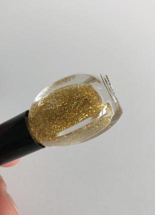 Лак, лак для ногтей, золотистый лак для ногтей, блестящий лак для ногтей.