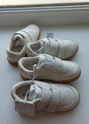 Демисезонные кроссовки зара 24 размер 15,5 см