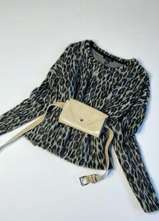 Свитер леопардовый пушистый стильный