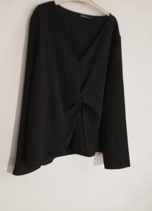 Базовая блузка с узлом