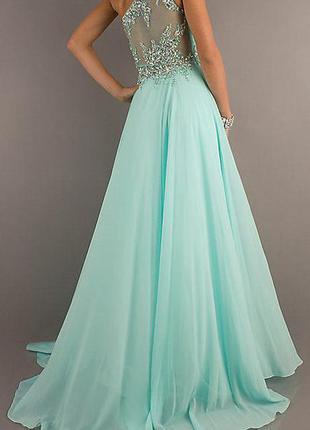 Роскошное вечернее платье  с изысканной вышивкой (38 eur или 44 укр.размер)